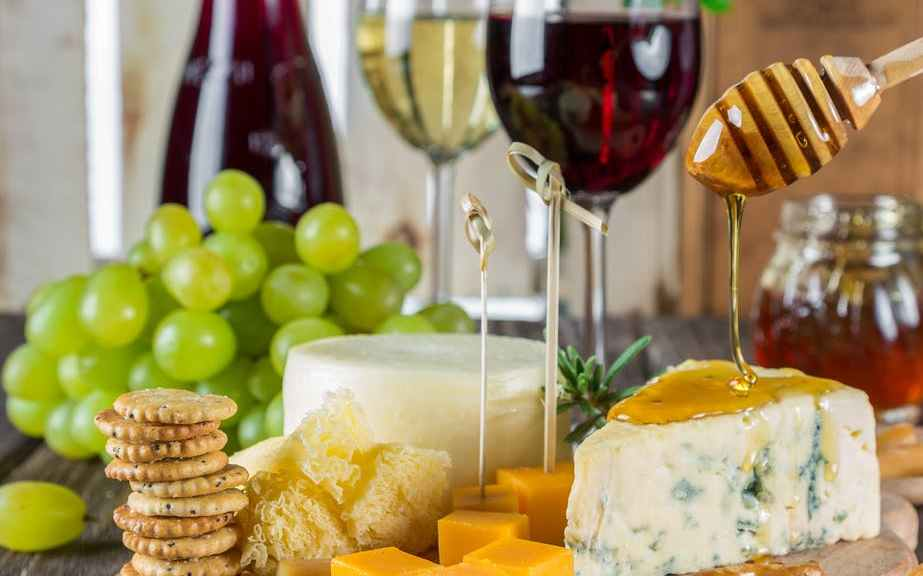 Banner of Food Pairings with Wines, Cheeses, Walnuts, Grapes and Crackers