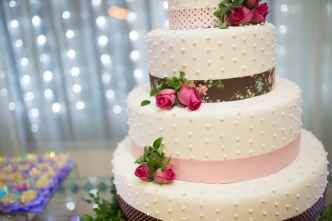 Image of a Wedding Cake. Version Eight