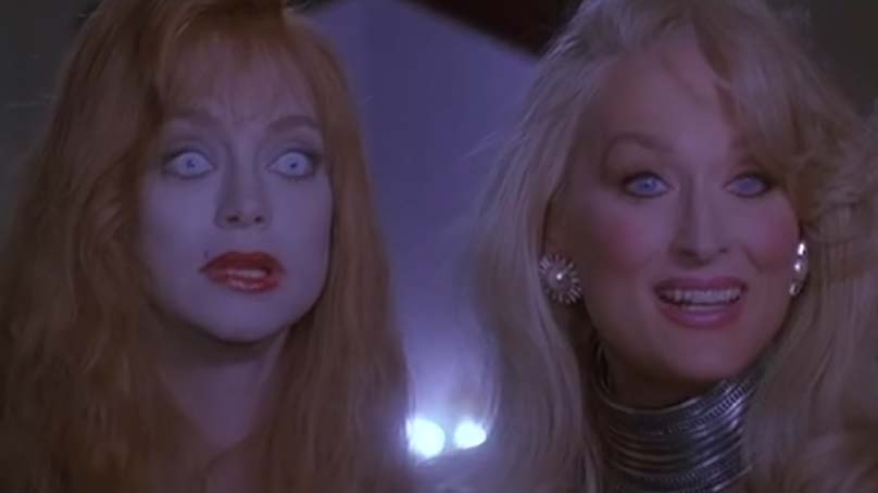 Screenshot of Death Becomes Her (1992).