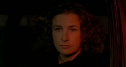Screenshot of Friday Night (2002) with Valérie Lemercier.